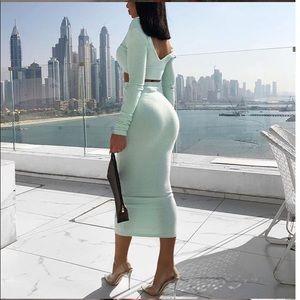 Skirts - Long sleeve crop top and bodycon midi skirt set